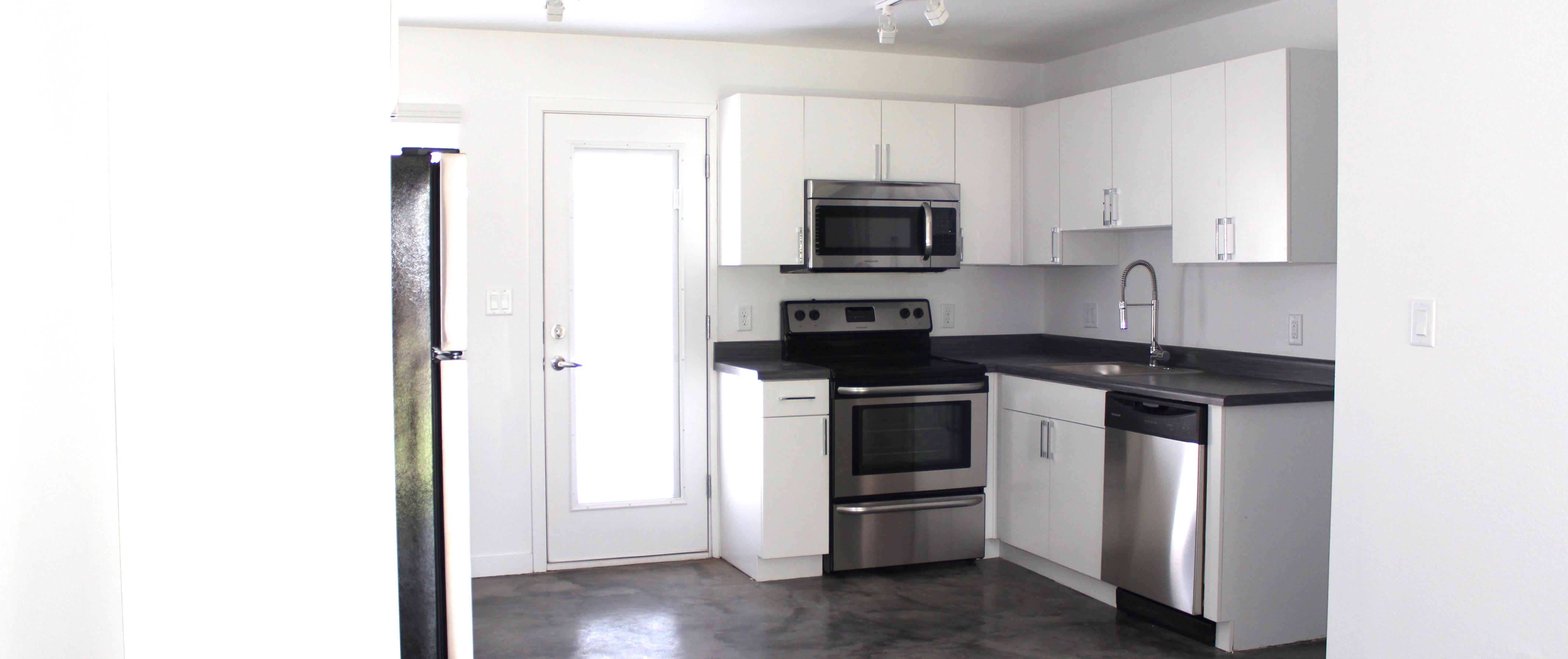4140 N 10th St, Phoenix, AZ 85014 | Midtown Phoenix Apartments For Rent